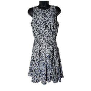 Gap Floral Sleeveless Dress With Tie Front Size S